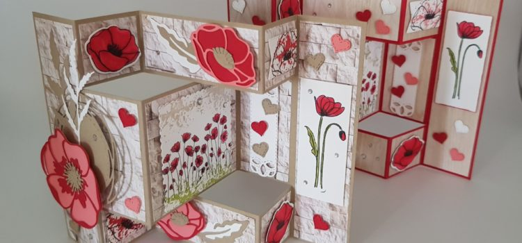 "Tri Fold Shutter Karte mit ""Painted Poppies"""